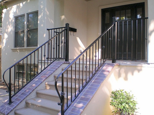 [Traditional Porch Porch Railing Design Ideas]